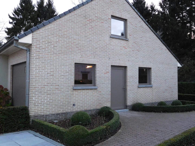 Landelijke aluminium ramen en achterdeur